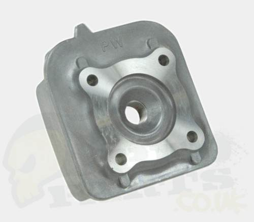 Cylinder Head For Cylinder Piaggio Liquid Cooled: Yamaha Air Cooled 50cc Cylinder Head